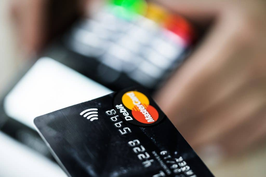 EFTPOS machine and debit card tap n go payment